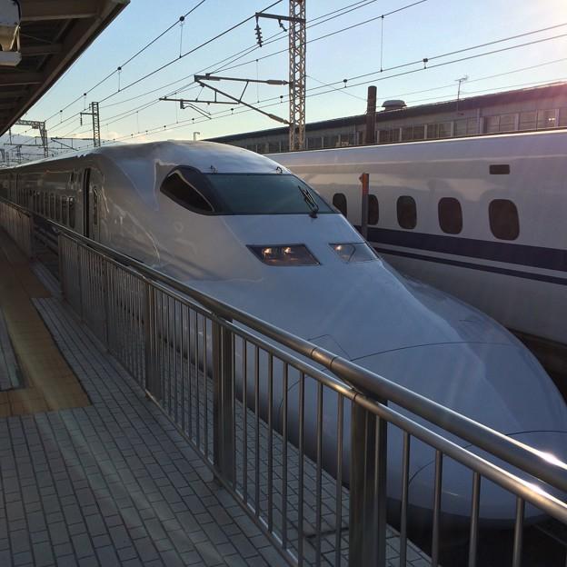 三島駅を出発するこだま
