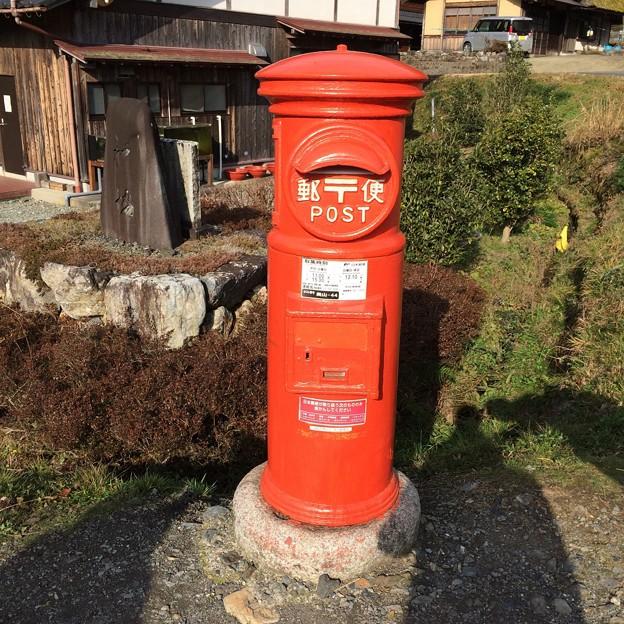 旧型郵便ポスト