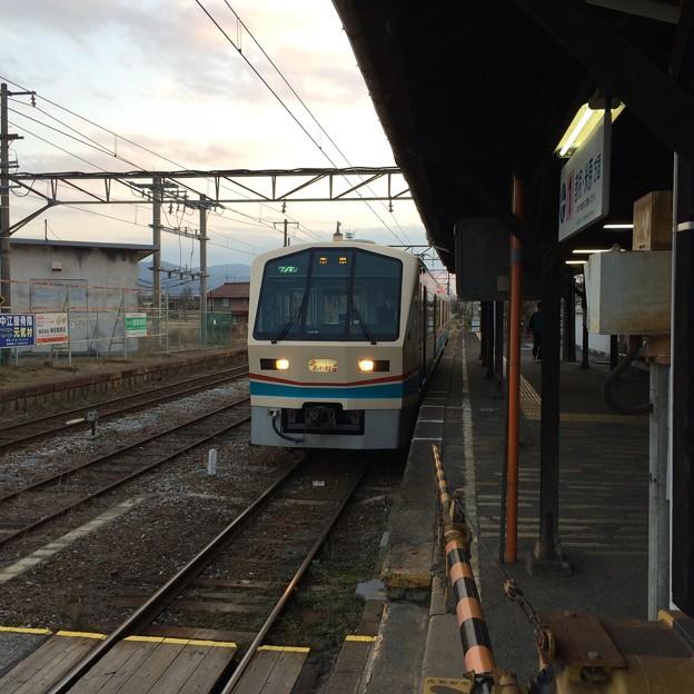 高宮駅に到着