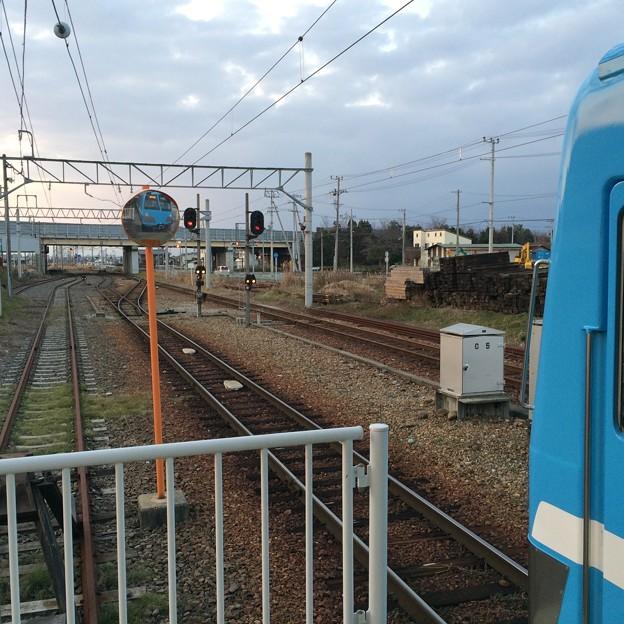多賀大社前駅から高宮・米原方面を望む