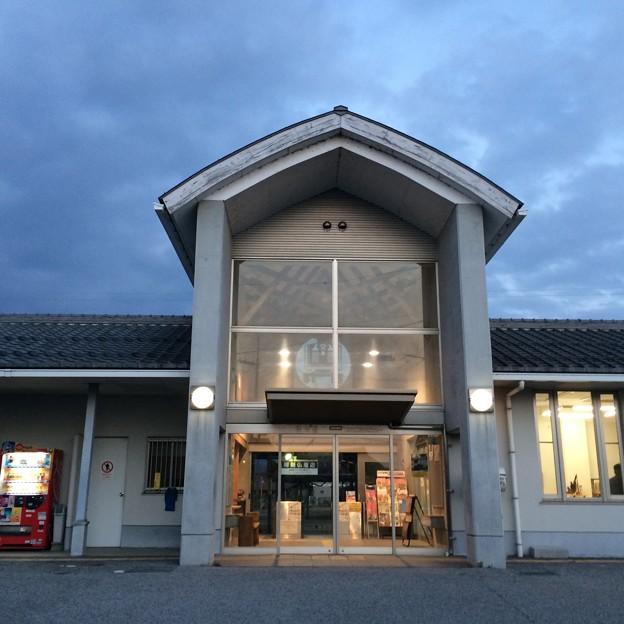 高宮駅 駅舎