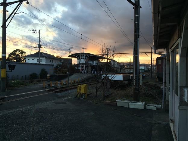 岳南富士岡駅 構内