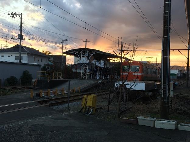 岳南富士岡駅 電車到着