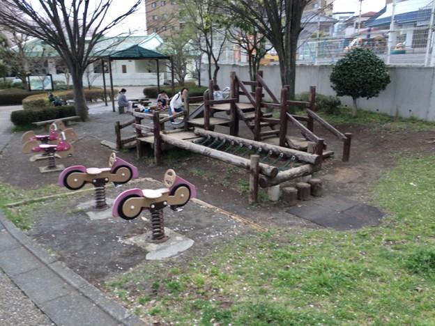 上岩崎公園17 遊具