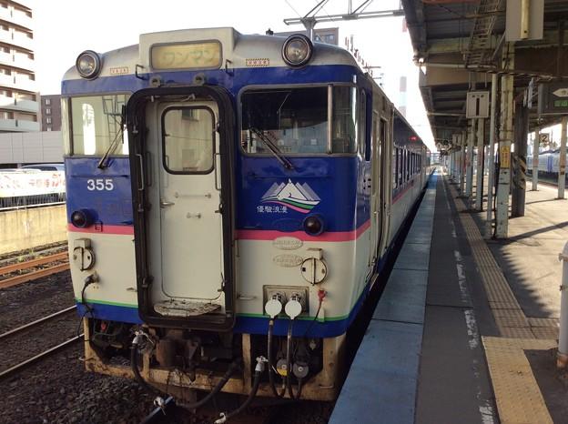日高本線鵡川行きの普通列車