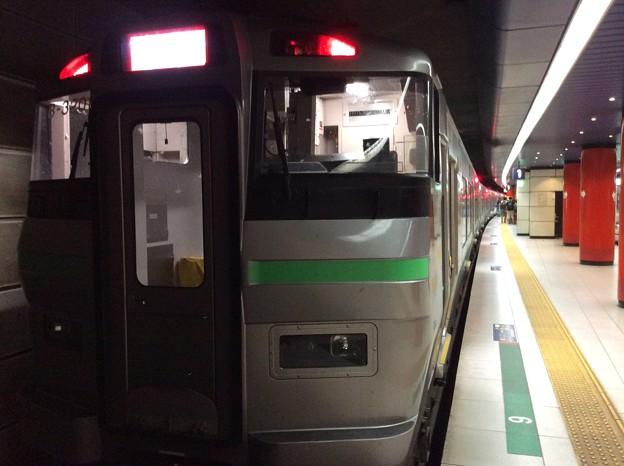 新千歳空港駅に到着