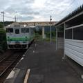 Photos: 新夕張方面へ向かう普通列車が到着