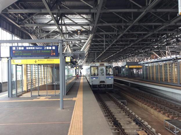 旭川駅に到着した富良野線普通列車