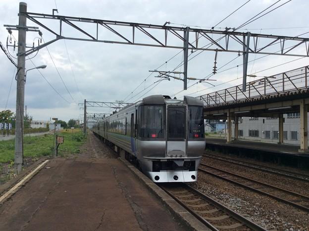 深川駅にて降車