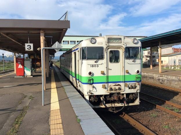 函館行き普通列車のディーゼルカー