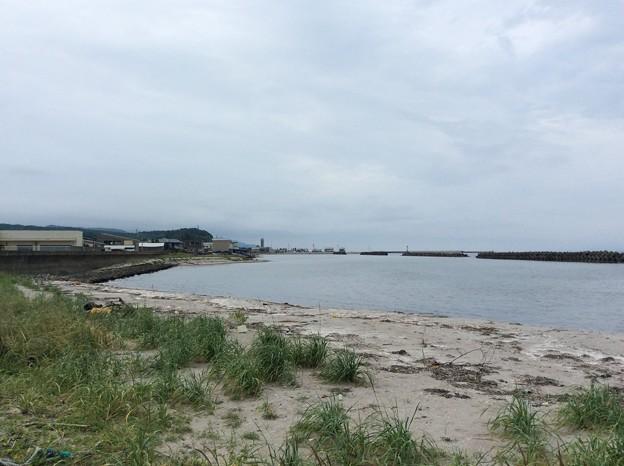 蟹田駅前の海3