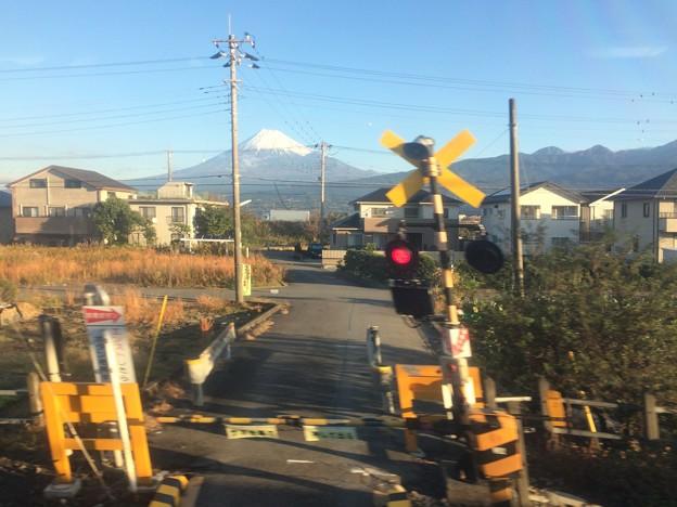 東田子の浦駅付近から見えた富士山