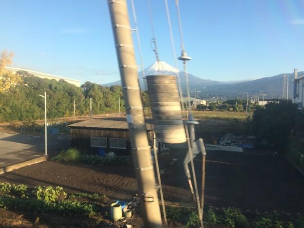電柱と富士山