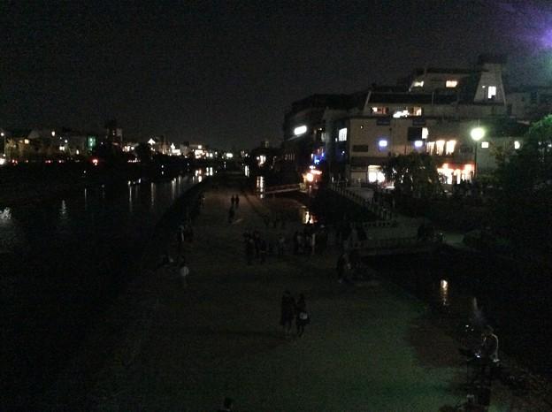 夜の鴨川 京都