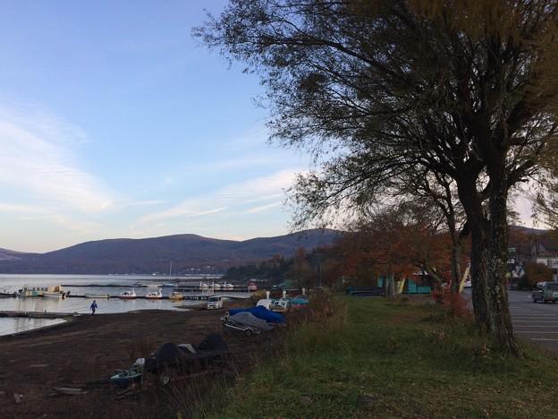 山中湖畔9