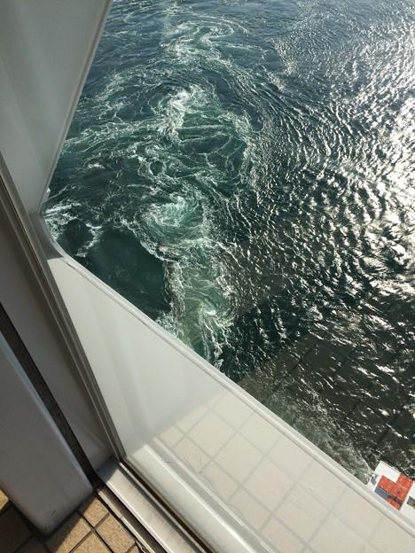 鳴門海峡の渦潮4