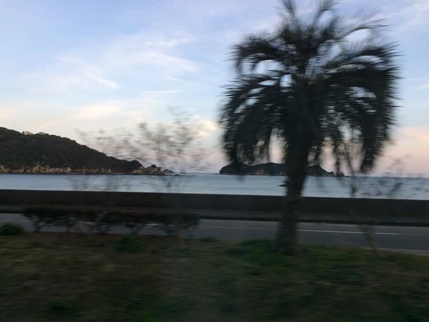 美波町の浜辺2