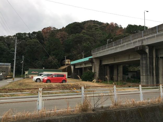 海部駅に阿佐海岸鉄道の列車が入線