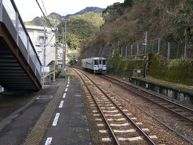土佐岩原駅8 ~対向列車到着~
