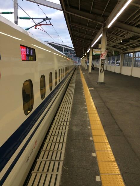 相生駅に停車 ~岡山方面を望む~