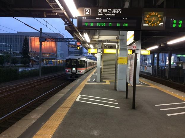 清水駅と特急
