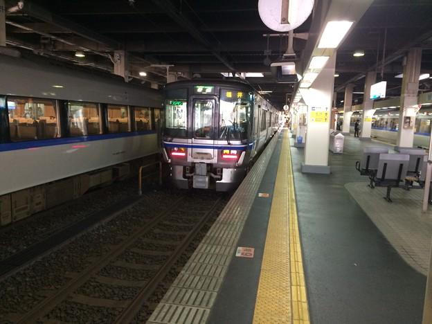 普通列車福井行き 到着
