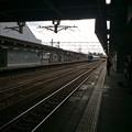 Photos: 高岡駅に富山方面電車が進入