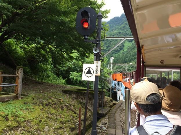 柳橋駅通過 進行方向