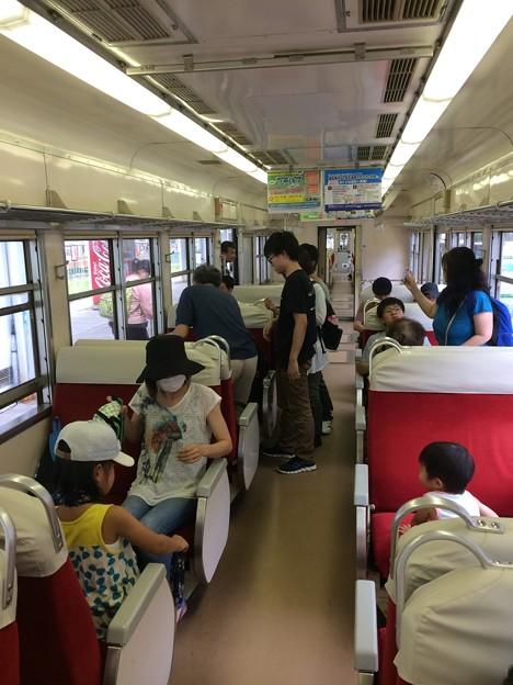 富山地方鉄道 普通電車内