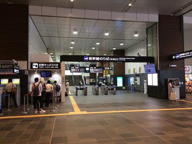 JR富山駅 新幹線改札口