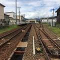 飛騨古川駅を踏切から望む