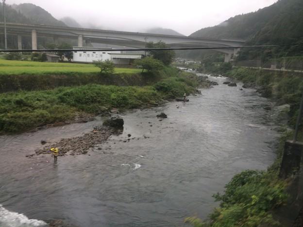 長良川の流れ11