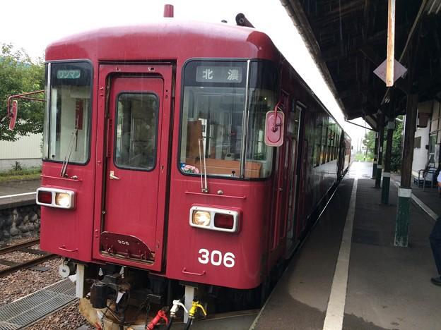 美濃白鳥駅4