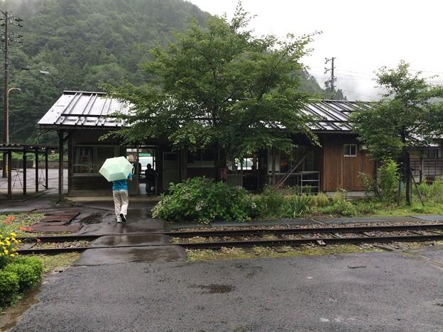 北濃駅11