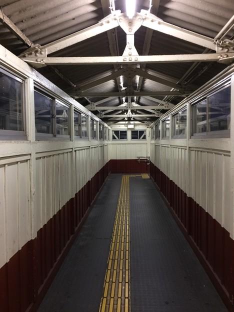 半田駅4 ~JR最古の跨線橋の様子~