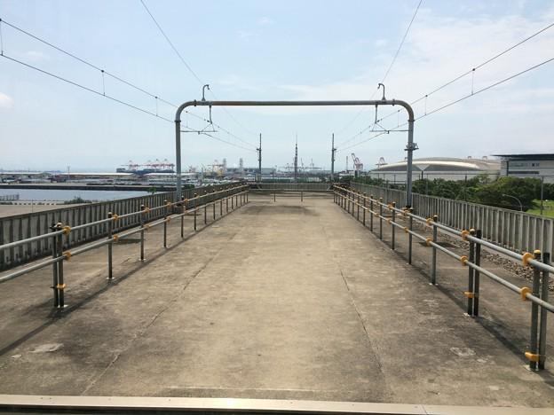 金城ふ頭駅2