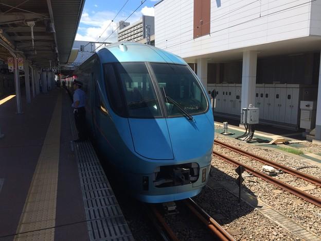 小田急ロマンスカー停車3