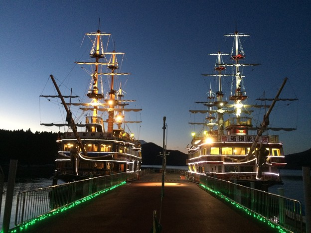 箱根 観光海賊船3