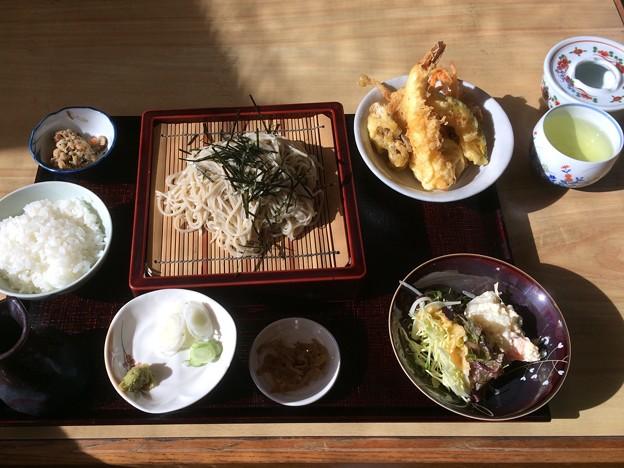 美味しいそばや天ぷら