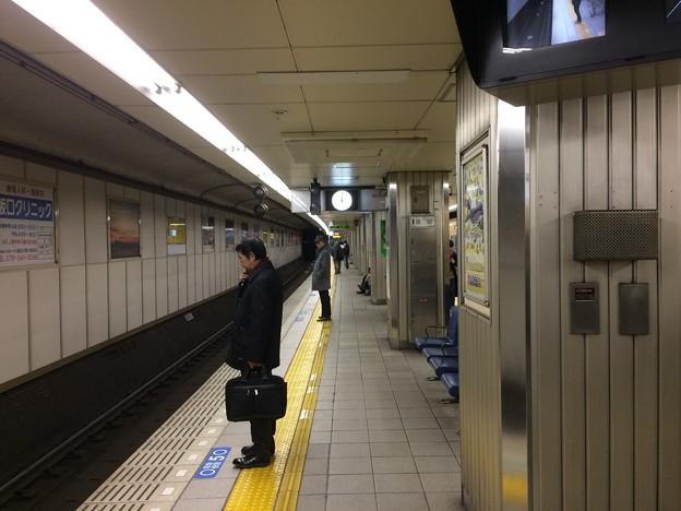 阪神電車元町駅 梅田方面