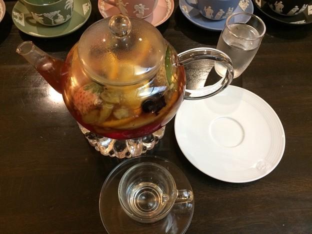 Photos: カフェにて2 ~フルーツティーを注文~