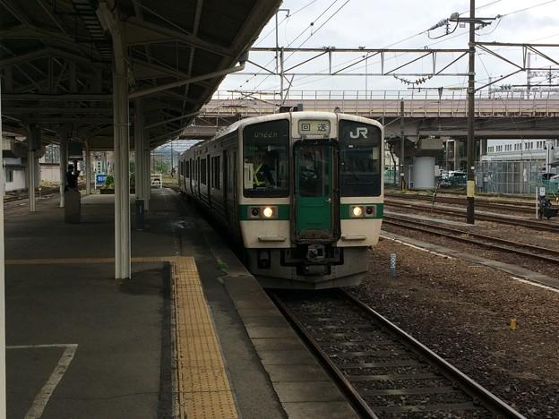 福島駅9 ~普通電車米沢行き~