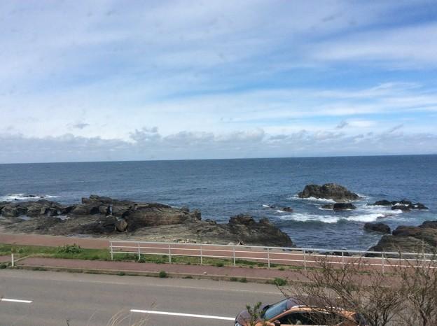 Photos: 五能線から見える海2