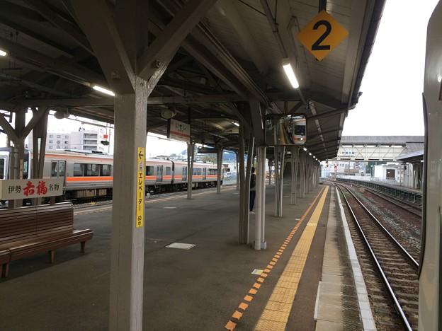 Photos: 伊勢市駅1