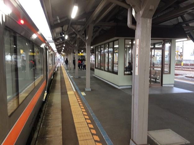 伊勢市駅2