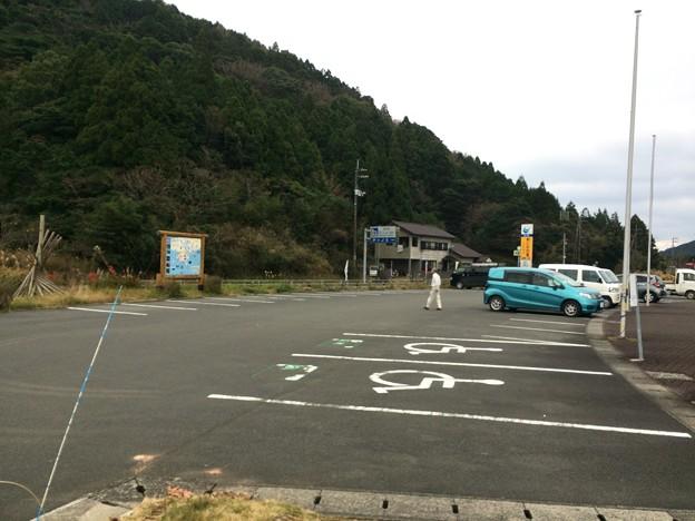 めじかの里 駐車場