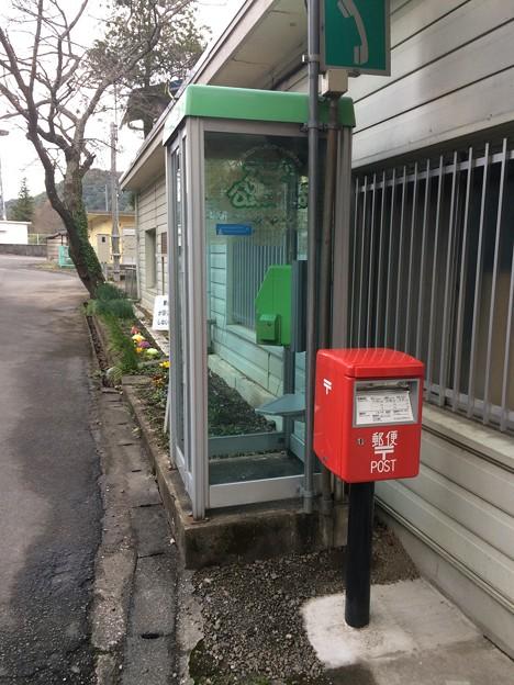 江川崎駅9 ~緑の公衆電話~