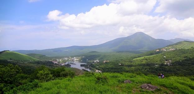 白樺湖と蓼科山