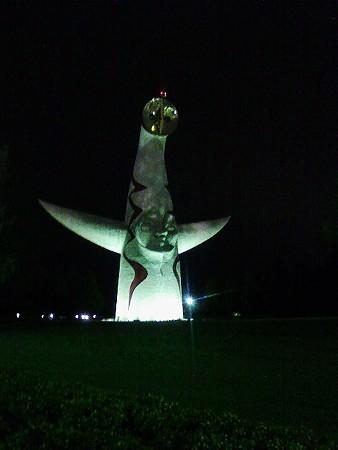 080830-夜のタロウさんの塔