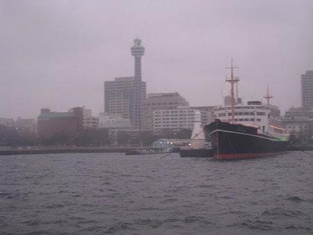 090306-QM2見学 夕 (6)